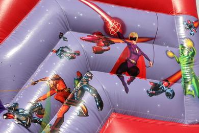 "Superhero Slide , 30'(d) x 22'6""(w) x 21'(h) - 9.15m(d) x 6.85m(w) x 6.4m(h), AI10PSH-681WA"